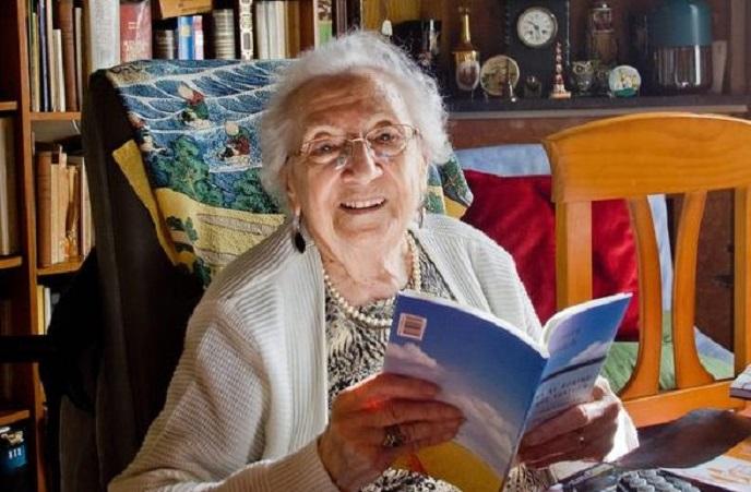 La poeta catalana Joana Raspall