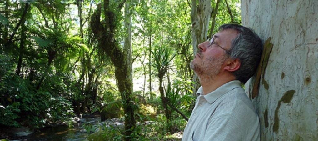 Jorge Riechmann, poeta, traductor, ensayista, matemático, filósofo, ecologista y doctor en ciencias políticas