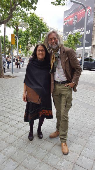Víctor Amela con Anna Rossell