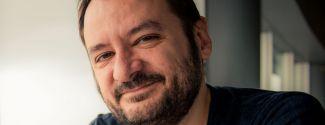 El escritor Francesc Miralles